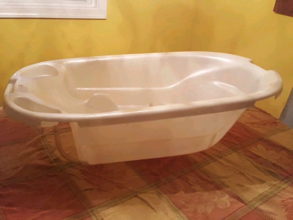 Euro Style baby tub made in Italy