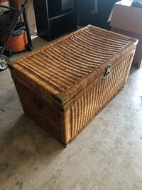 Wicker Chest null