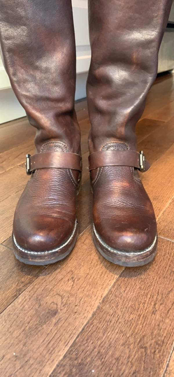 FRYE leather boots size 7 b1857e97-2e65-4964-8999-dd8a8979d93f
