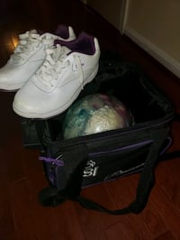 Size 9 Etonic Bowling Shoes, Bowling Ball and Bag Prince George's County, 20785
