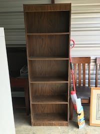 Two matching bookcases Benton, 37307