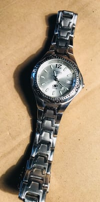 Fossil stainless steel watch, water resistant