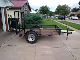 5'x8' flatbed trailer with ramp