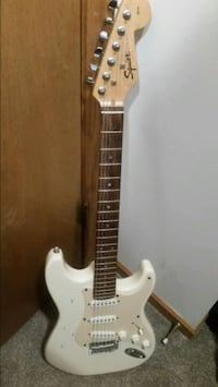 Squier stratocaster 1950s electric guitar  OMAHA, 68022