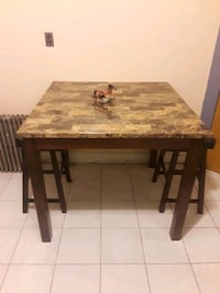 Kitchen Table w/ 2 small chairs