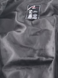 black and gray Nike pullover hoodie 669 km
