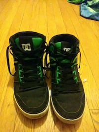 Black and green pair of D.C. shoes size 11.5 Chicago, 60626