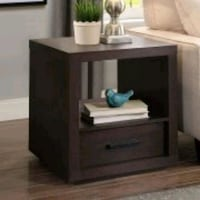 Accent table Mississauga, L5M 6P3