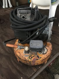 black and yellow pressure washer Tucson, 85705