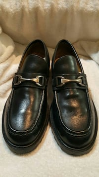 pair of black leather loafers Bowie, 20721