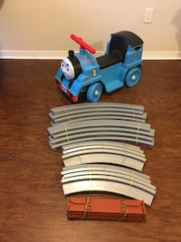 Thomas and Friends Ride- On with tracks