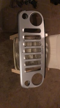 Jeep grille Pittsburgh, 15205