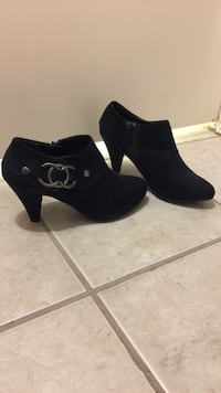 Black booties X-appeal size 8.  Great condition - never worn. Lakeway, 78734