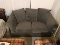 PB COMFORT LOVESEAT (POTTERY BARN) Bellevue, 98007
