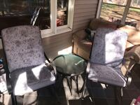 2 rocking chairs/table Fayetteville, 17222