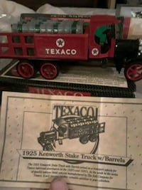 1925 red and white Texaco Kenworth Stake Truck with Barrels scale model Catoosa, 74015