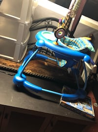blue and white trike with training wheels Adelphi, 20783