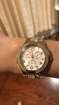 diamond embellished round guess gold chronograph watch Burnaby, V5E 2S4