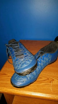 Indoor and turf soccer cleats size 12 1/2 250 mi
