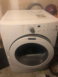 Maytag Dryer working perfectly fine perfect condition