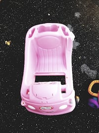 Pink kids car Walkersville