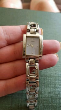 Guess watch with link bracelet Kitchener, N2E 2S5