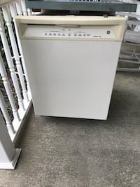 Bisque colored GE Dishwasher   Churchton, 20733