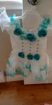 Dress for girl 2y or 3yr Surrey, V3S 2P6
