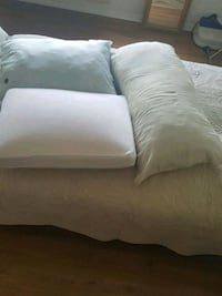 BEAUTIFUL AND COMFORTABLES PILLOWS Sterling