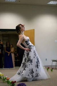 Strapless prom dress size 5/6 Knoxville, 37916