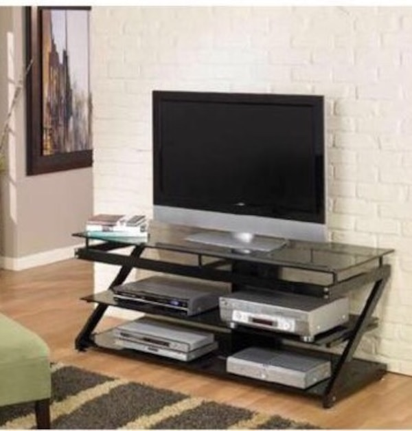used maxim magazine collection tv stand by z line designs for sale in duffield letgo. Black Bedroom Furniture Sets. Home Design Ideas