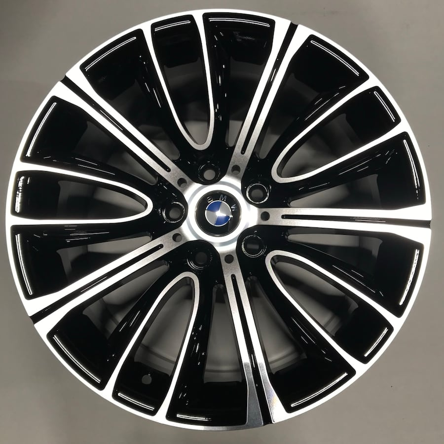 4 brand new replicas bmw mags 18'' in the box
