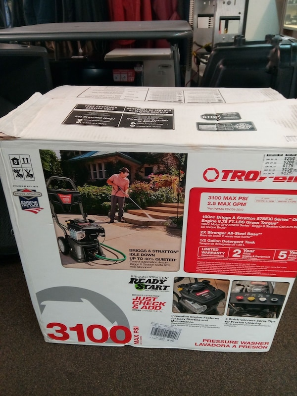 3100 psi gas pressure washer  NEW
