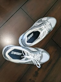 Women's Skechers sneakers size 9.5