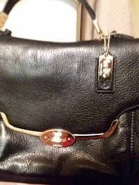 black leather handbag coach Victoria, V9A 3M5