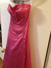 Pink strapless dress new never been used Toronto, M2J 3C8
