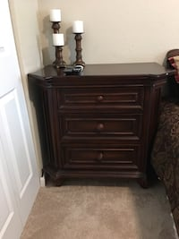 Solid wood night stands for sale. Good condition. Royal Palm Beach