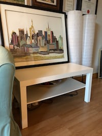 White ikea table Georgetown, L7G 3G3