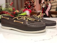 Pair of women's brown leather boat shoes (Size 11) Turlock, 95382