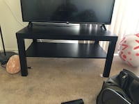 Small TV table WALNUTCREEK