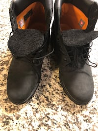 Timberland 6 inch black boots Sz 10 Cheverly, 20781