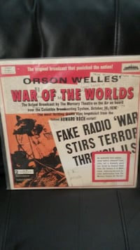 Orson Wells War of the Worlds 2 pc Record album