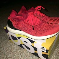 pair of red Adidas NMD shoes with box Norwalk, 90650