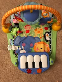 Fisher Price Kick and Play Piano Gym Chantilly, 20152
