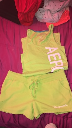 children's green Aeropostale tank top and micro shorts outfit