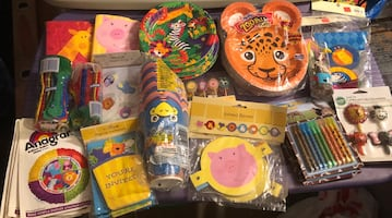 New animal / zoo birthday party decoration and party goods