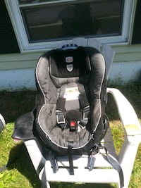 40$ Britax Car Seat New Castle, 19720
