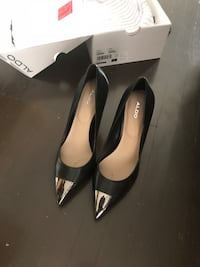 Size 8 Aldo Black Leather Heels 多伦多, M2H 1K2