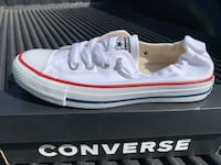 New Converse Women's Chuck Taylor All Star Low Top Sneaker Size 6.5