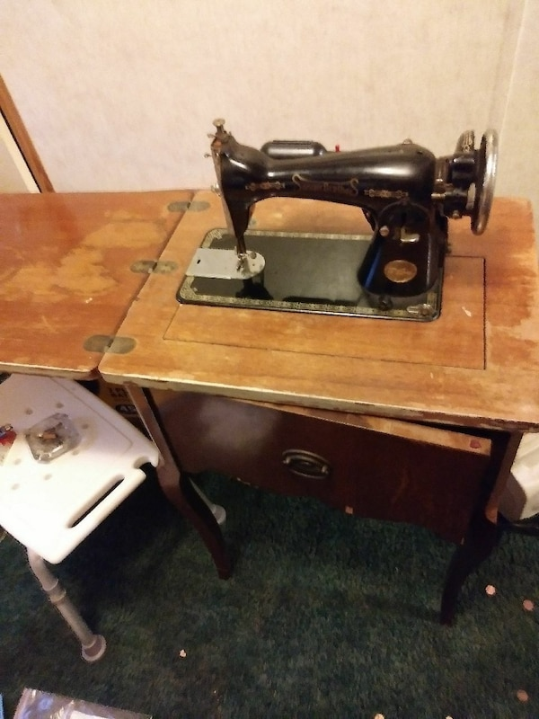 Enjoyable Antique Sewing Machine Table Sanger Brothers Home Interior And Landscaping Transignezvosmurscom